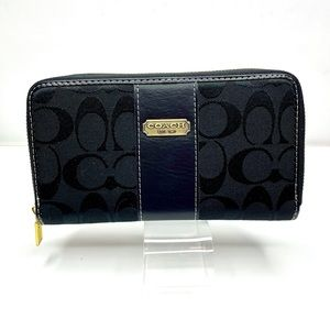COACH Signature Fabric Leather and Canvas  Wallet